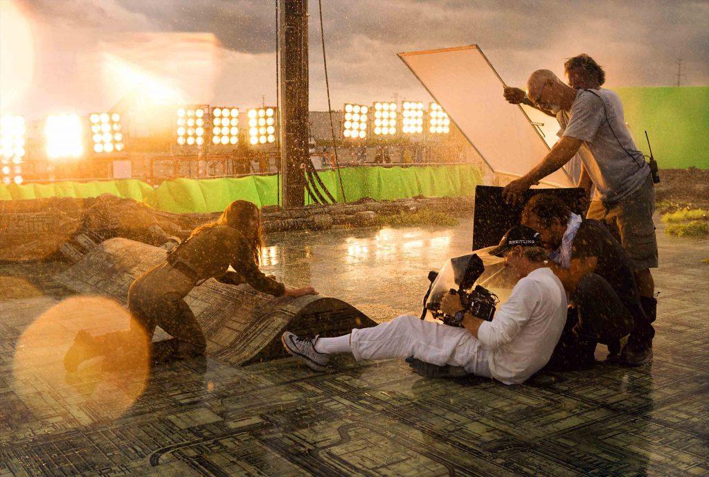 マイケル・ベイ『トランスフォーマー/最後の騎士王』撮影風景